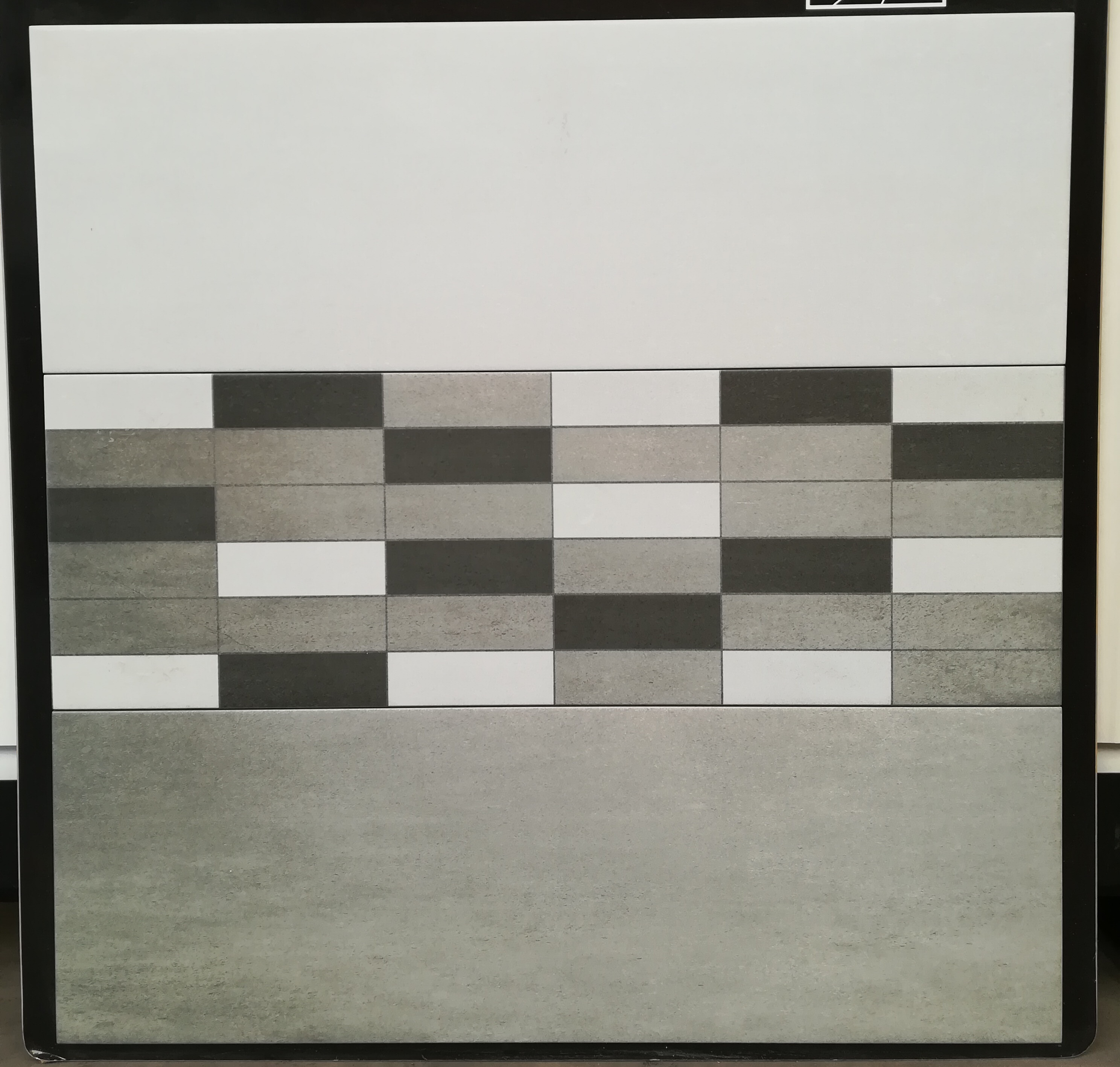 Luan Bone / Brick Grey /Luan grey